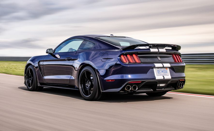 2019 Ford Mustang Shelby GT350 - Slide 4