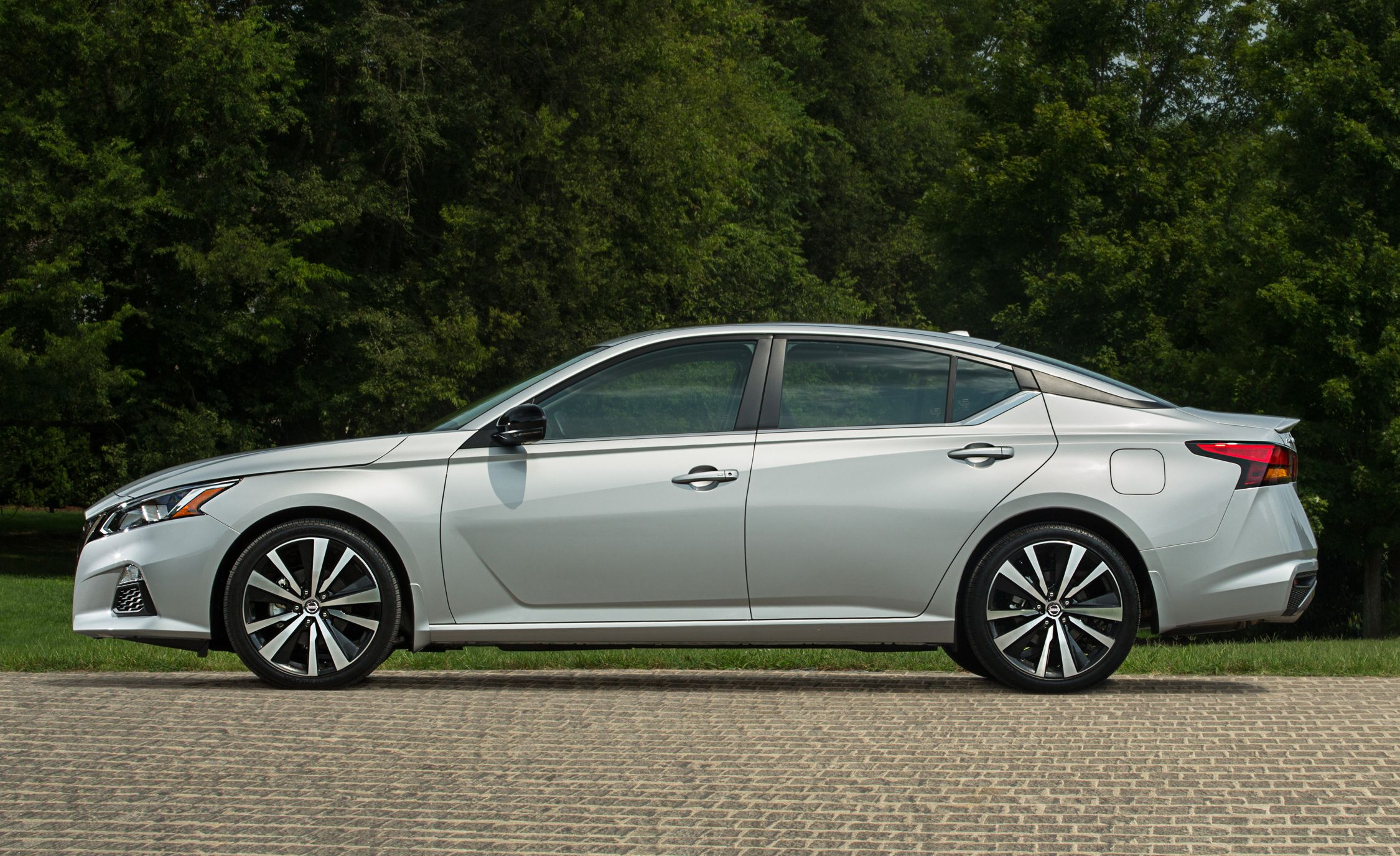 The 2019 Nissan Altima Shows Hasn T Given Up On Sedan