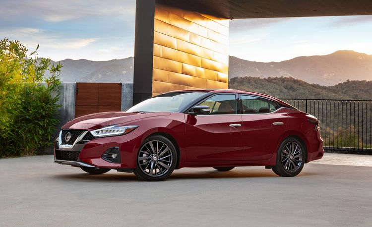The 2019 Nissan Maxima Shows Off a New Look and Nicer Interior Trim