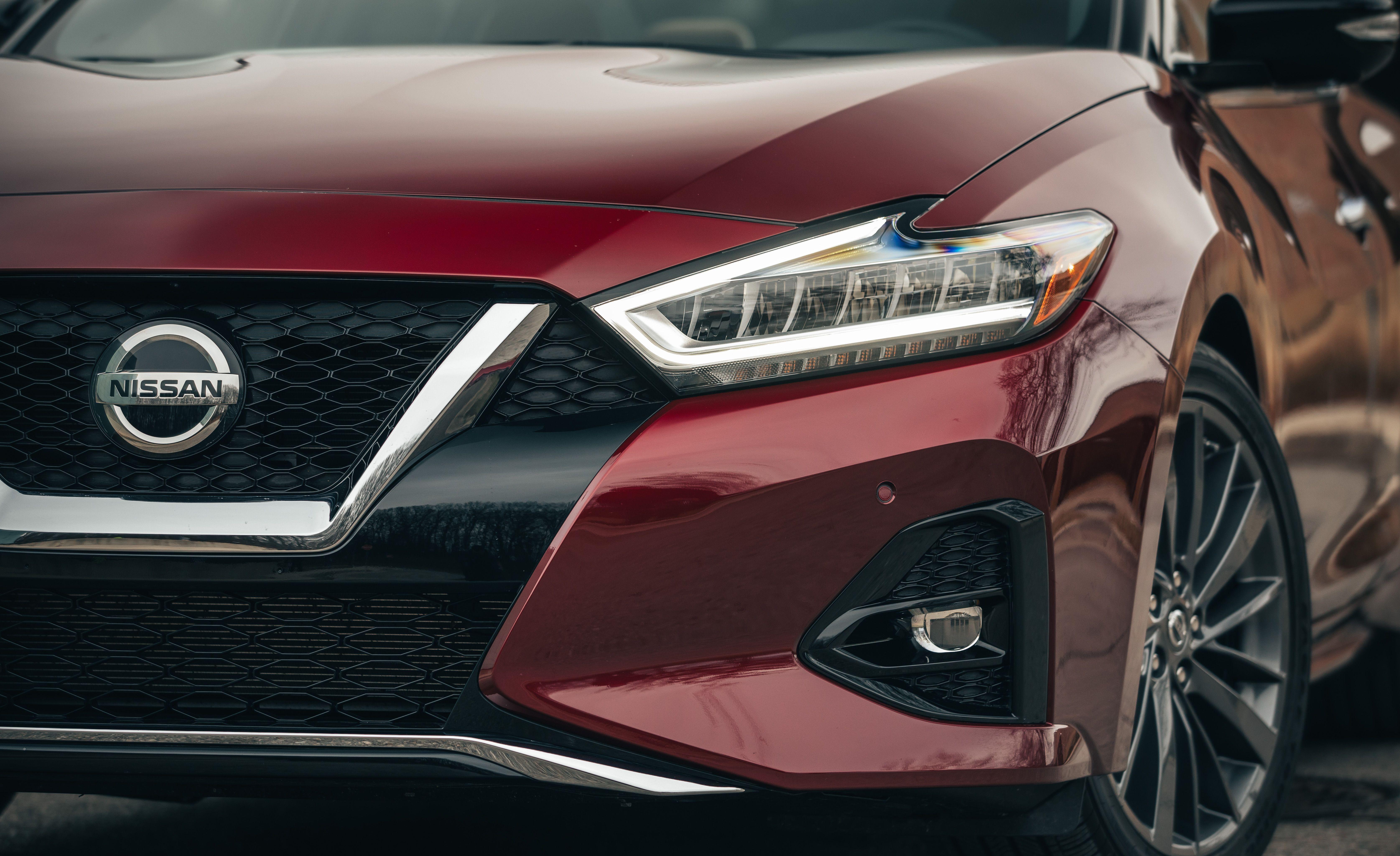 2019 Nissan Maxima Reviews Price Photos And Specs Car Driver
