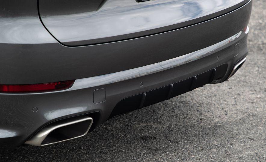 2019 Porsche Cayenne E-Hybrid - Slide 24