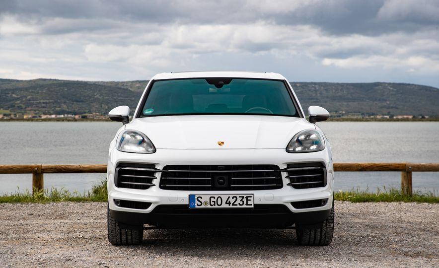 2019 Porsche Cayenne E-Hybrid - Slide 64