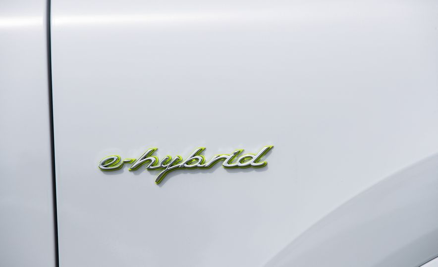 2019 Porsche Cayenne E-Hybrid - Slide 70