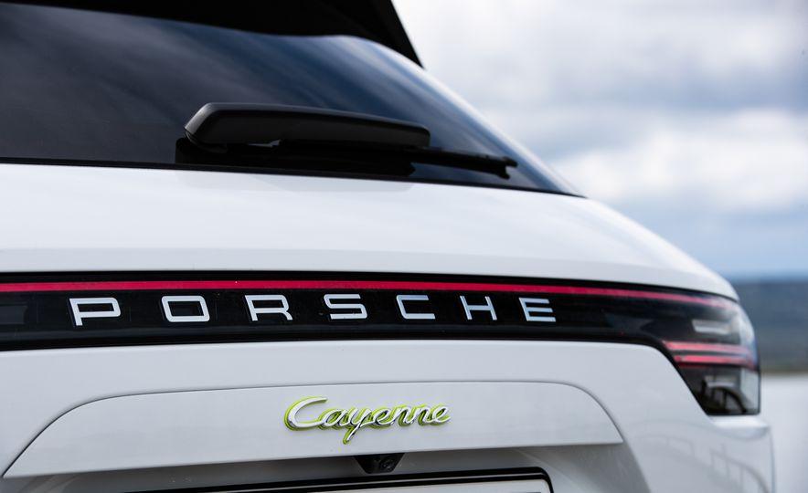 2019 Porsche Cayenne E-Hybrid - Slide 71