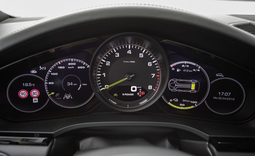 2019 Porsche Cayenne E-Hybrid - Slide 78