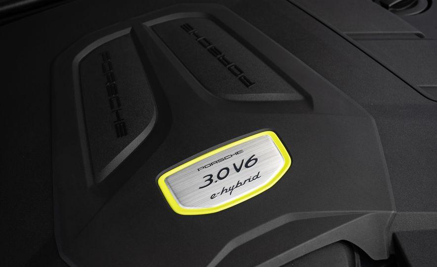 2019 Porsche Cayenne E-Hybrid - Slide 86