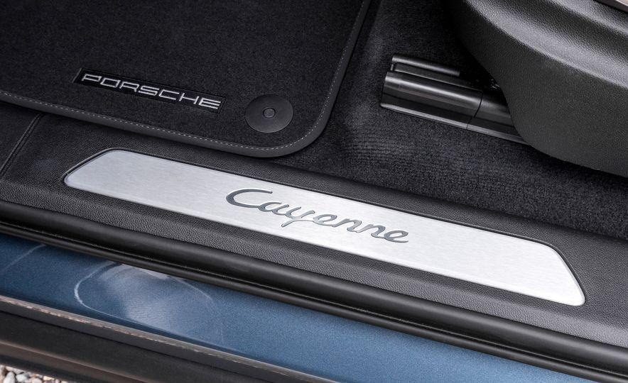 2019 Porsche Cayenne E-Hybrid - Slide 102