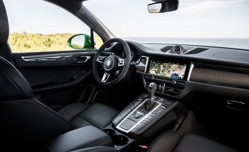 2019 Porsche Macan Reviews Porsche Macan Price Photos And Specs