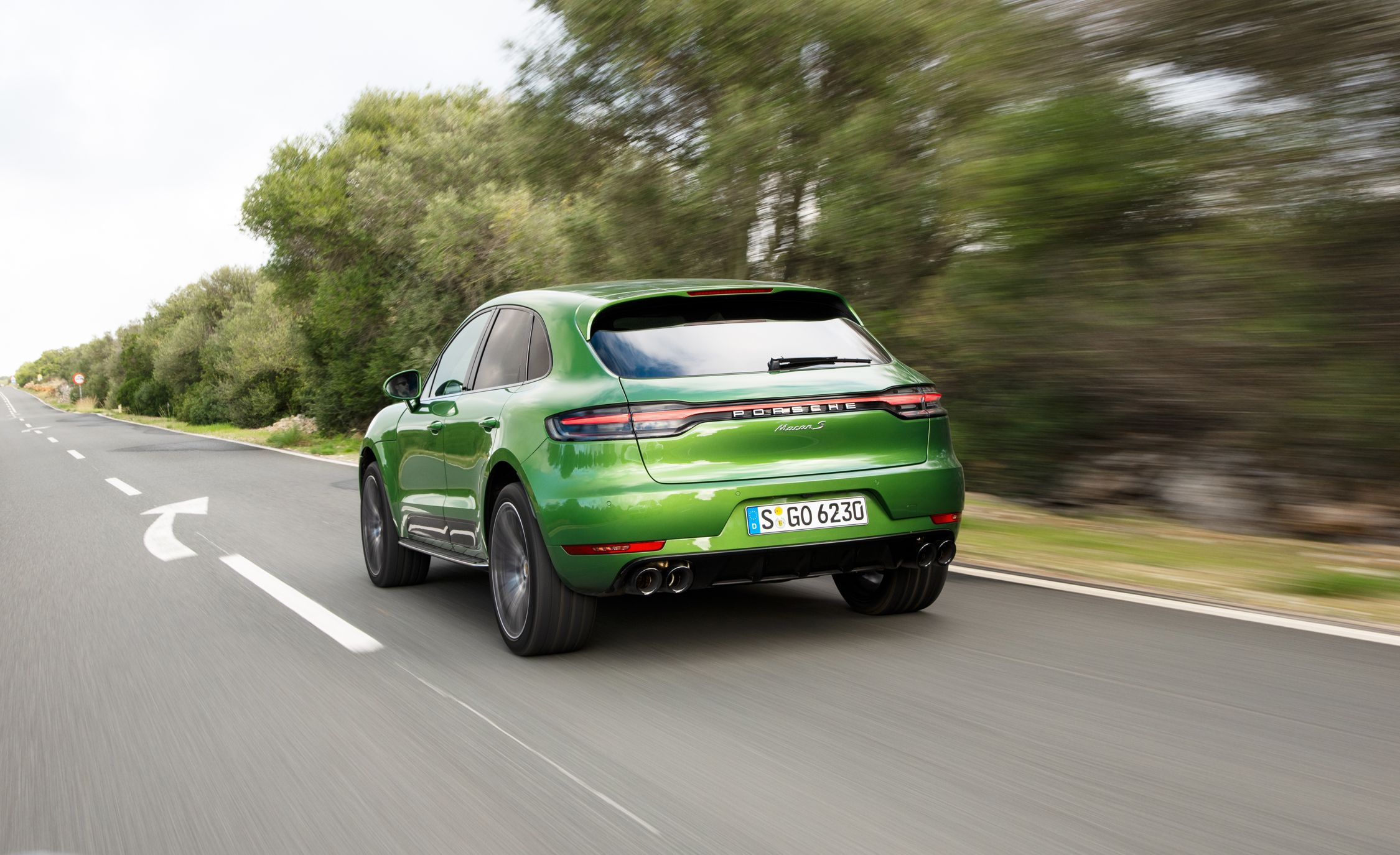 2019 Porsche Macan Reviews Price Photos And Specs Go Back Gt Gallery For Parallel Circuit Definition Car Driver