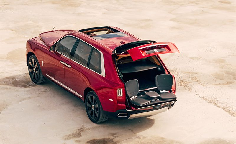 Although It Is A Hatchback The Upper Part Of Cullinan S Split Tailgate Has Stepped Design That Hints At Missing Third Box