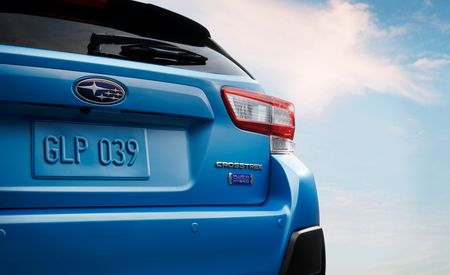 See Photos of the 2019 Subaru Crosstrek Hybrid