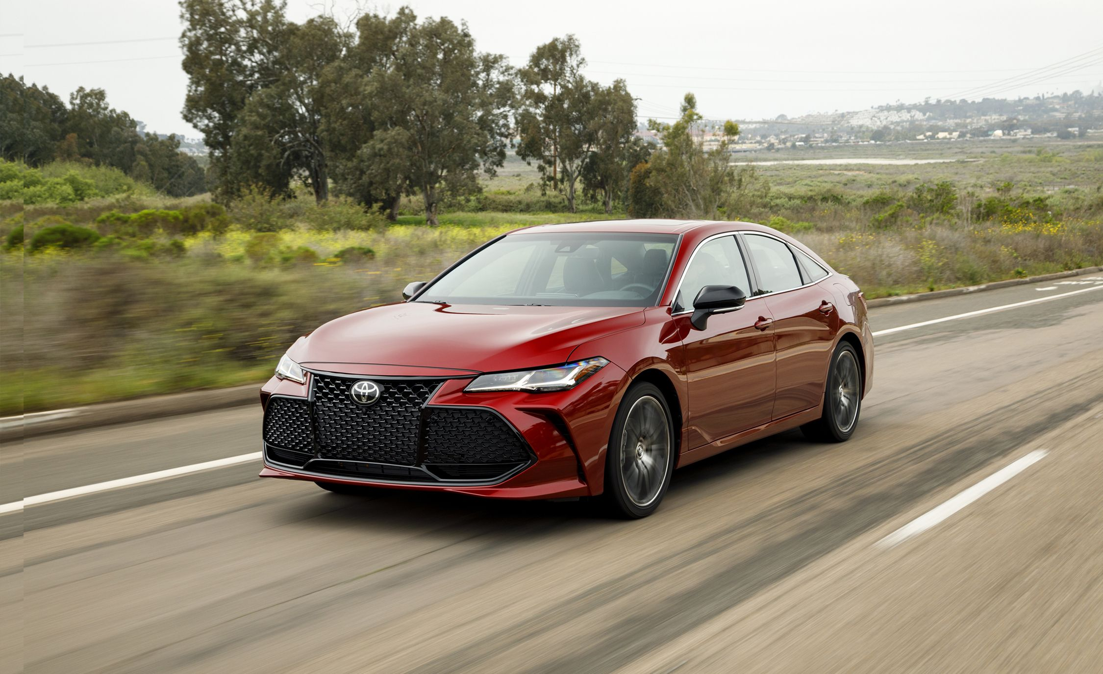 top xle toyota cars touring speed edition sport tourin avalon