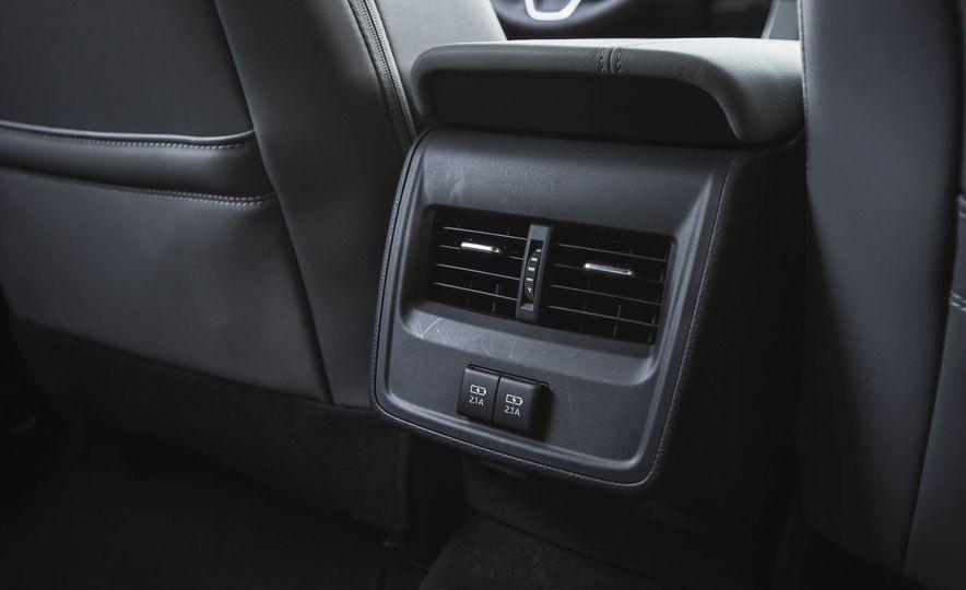 2019 Toyota Avalon XSE Hybrid - Slide 47