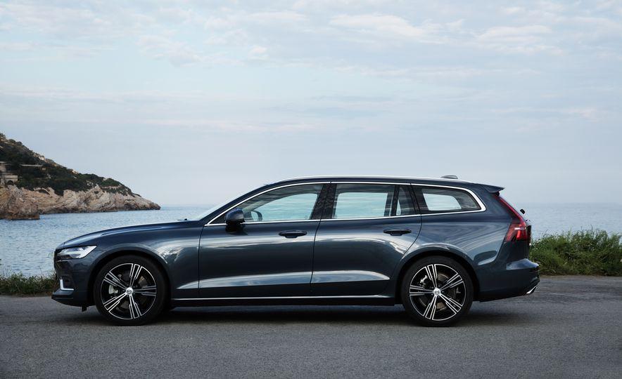 2019 Volvo V60 - Slide 20