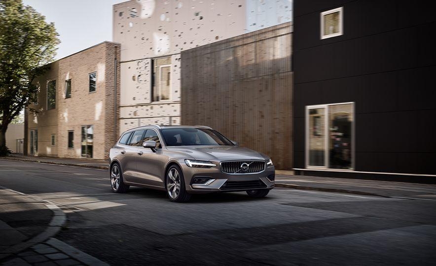2019 Volvo V60 - Slide 21