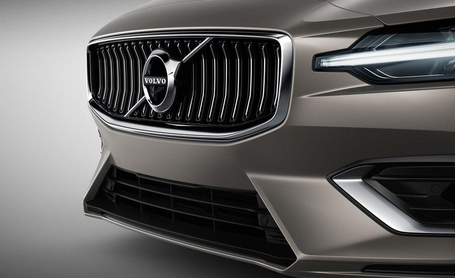 2019 Volvo V60 - Slide 35