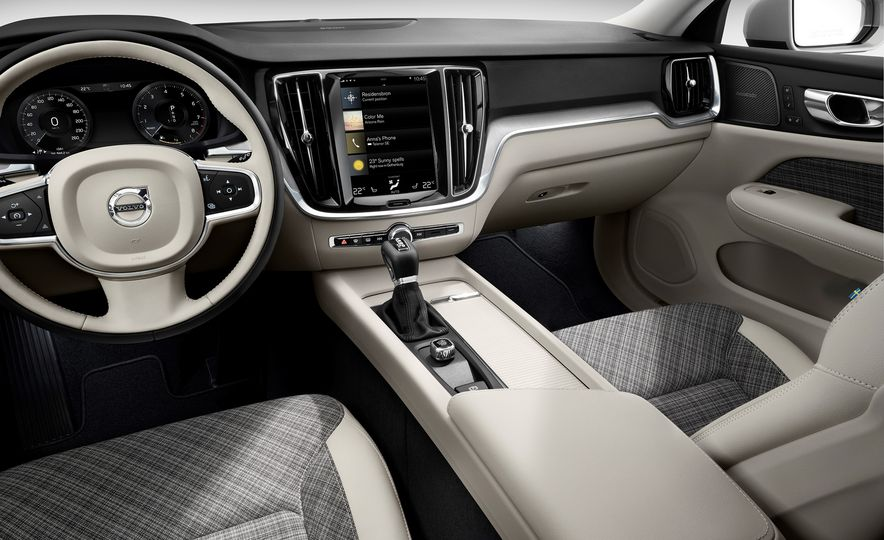 2019 Volvo V60 - Slide 50