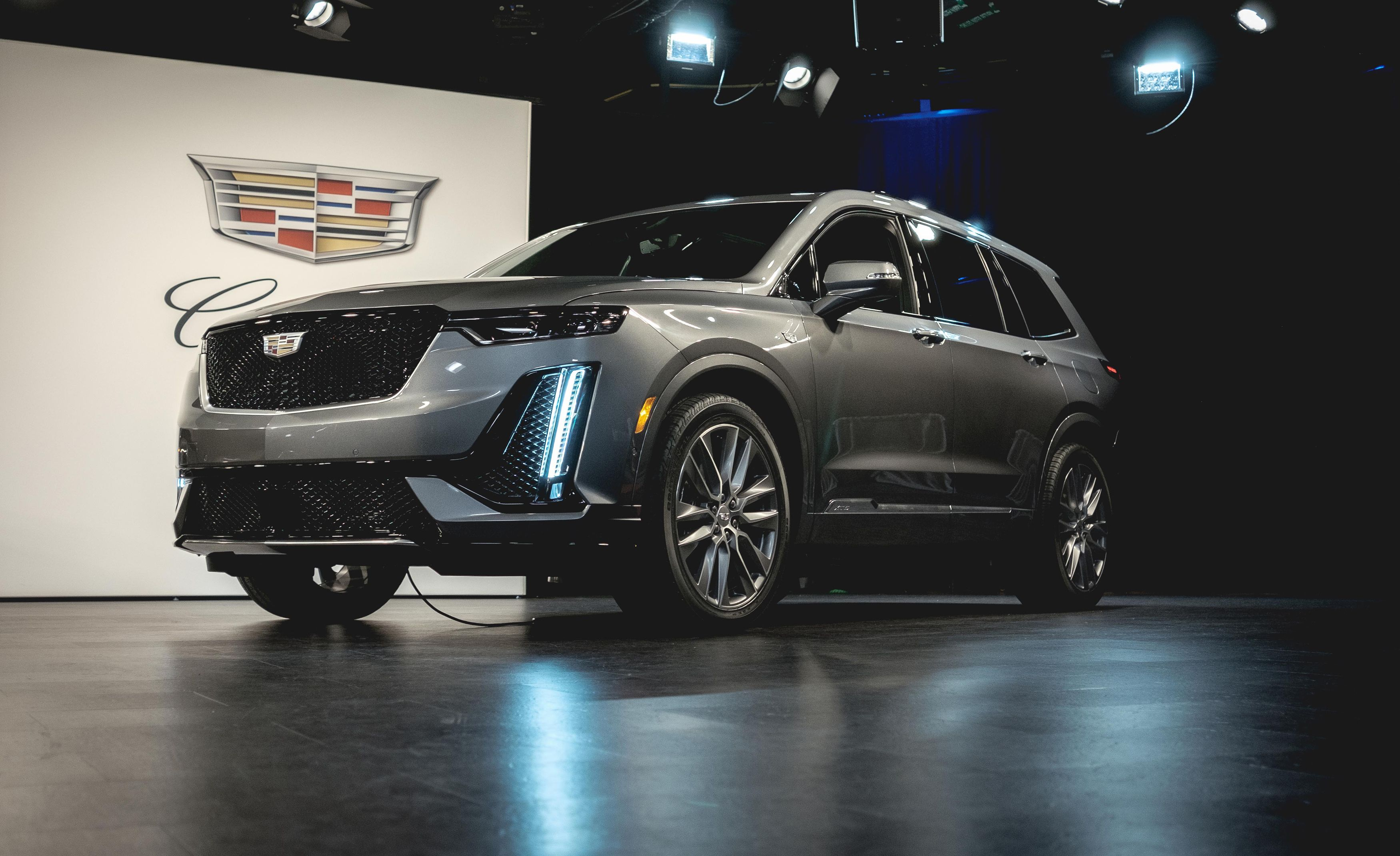 2020 Cadillac Xt6 Reviews Cadillac Xt6 Price Photos