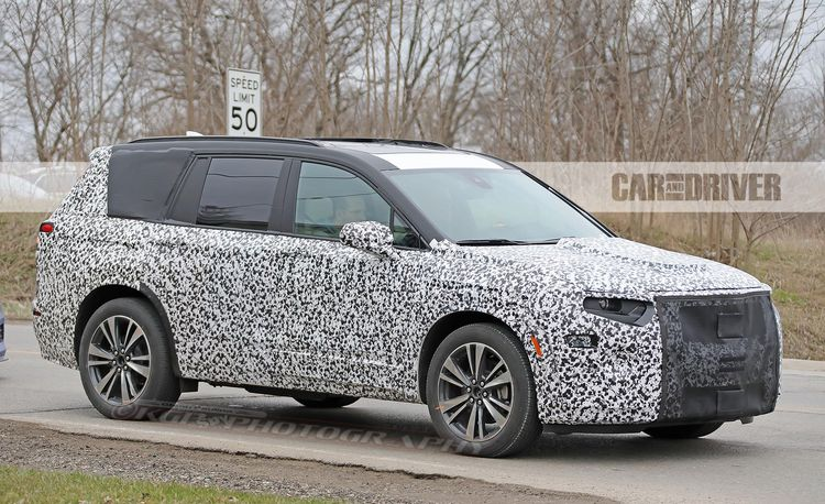 2020 Cadillac XT6 Spied During Testing