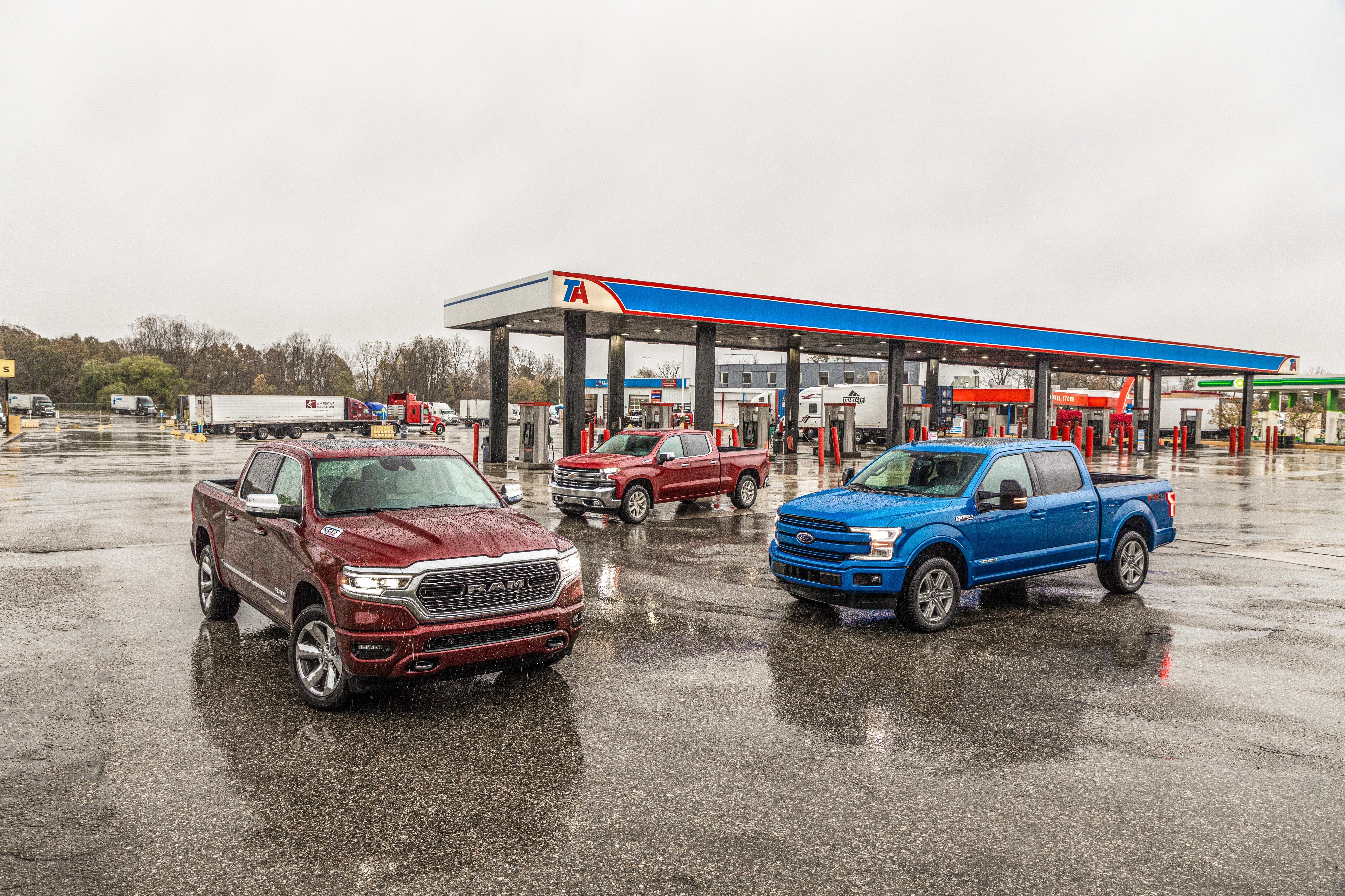 2020 chevrolet silverado duramax 2019 ford f 150 power stroke 2020 ram 1500 ecodiesel comparison 101 1579102688