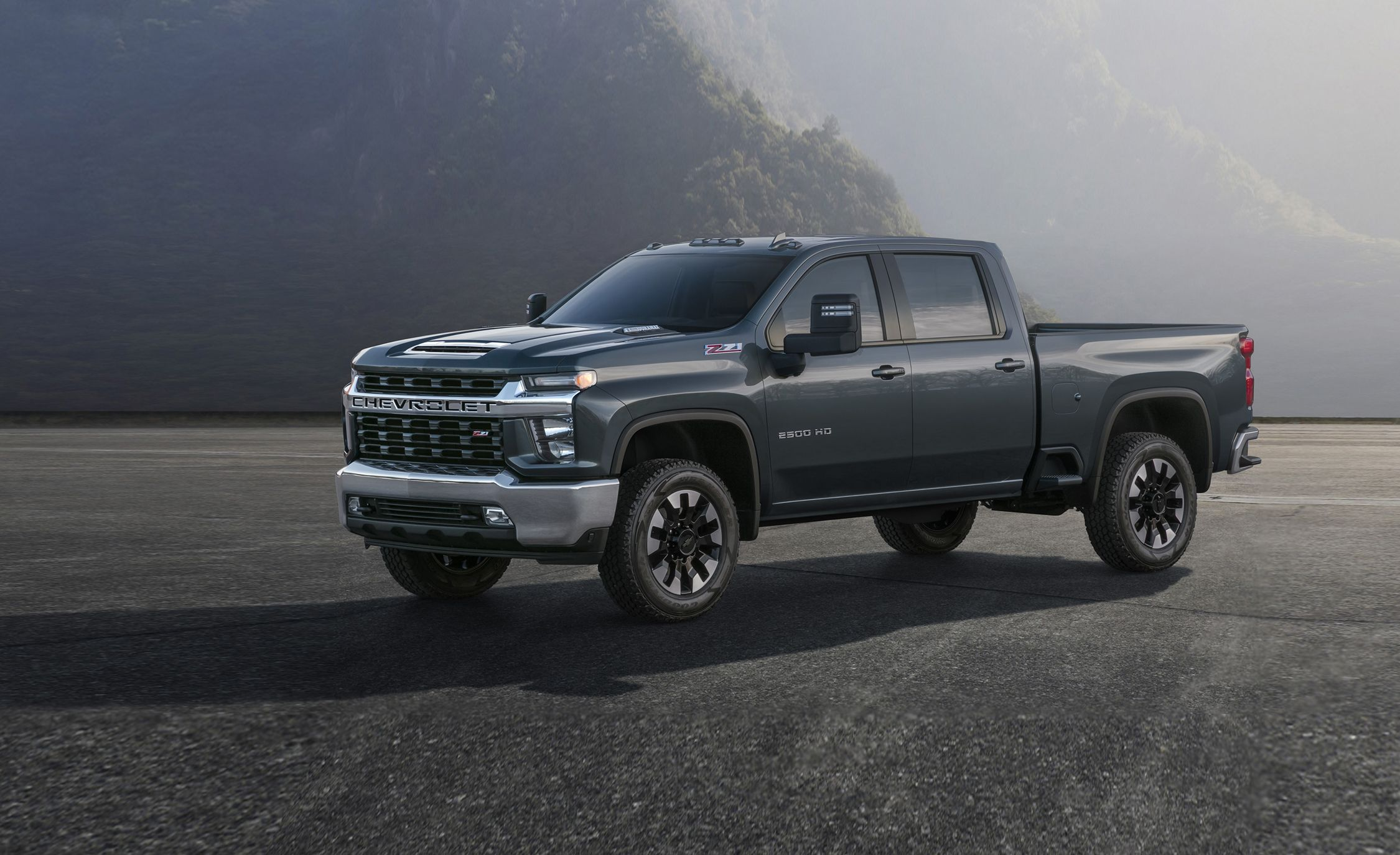 2020 Chevrolet Silverado HD - Heavy Duty Trucks Get a New Look