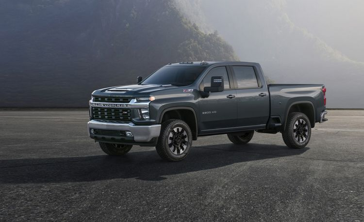 2018 Chevrolet Silverado 2500HD / 3500HD | In-Depth Model Review | Car and Driver