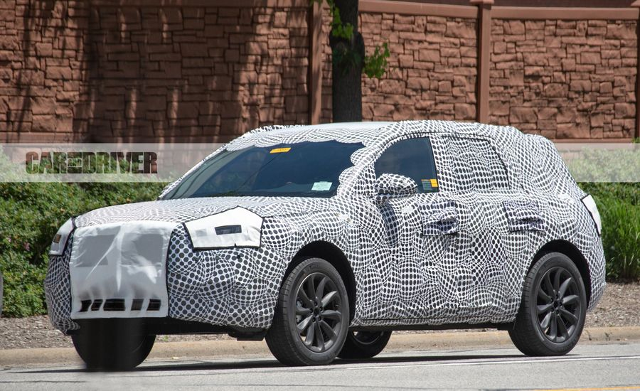 Report: Lincoln MKC Replacement to Be Called Corsair
