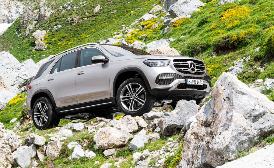 The Redesigned 2020 Mercedes-Benz GLE Gets a Trick New Suspension and a Third-Row Seat