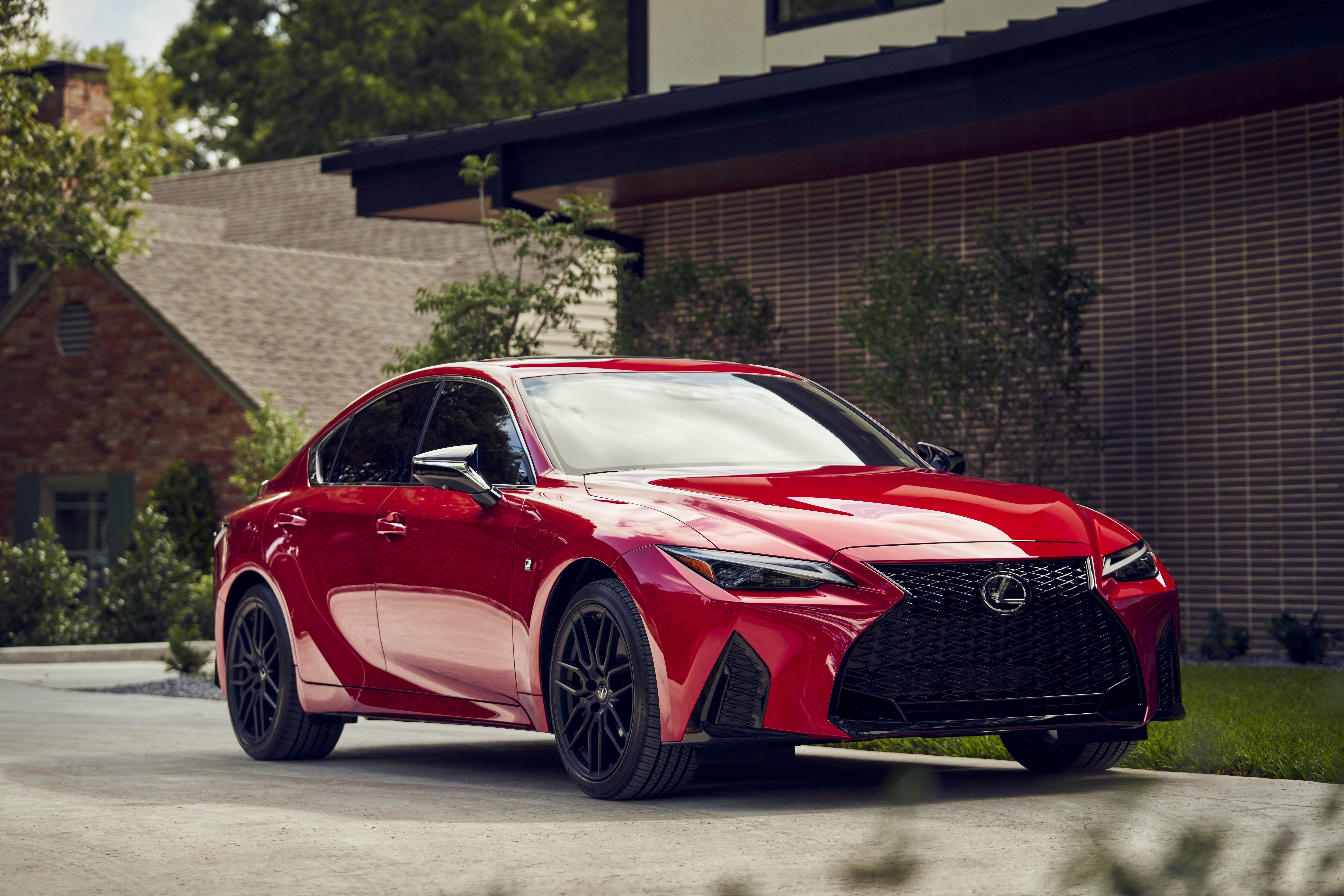 2021 lexus is350 front three quarters 1601500123