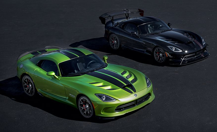 Snake, Recoiled: A Visual History of the Dodge Viper - Slide 22