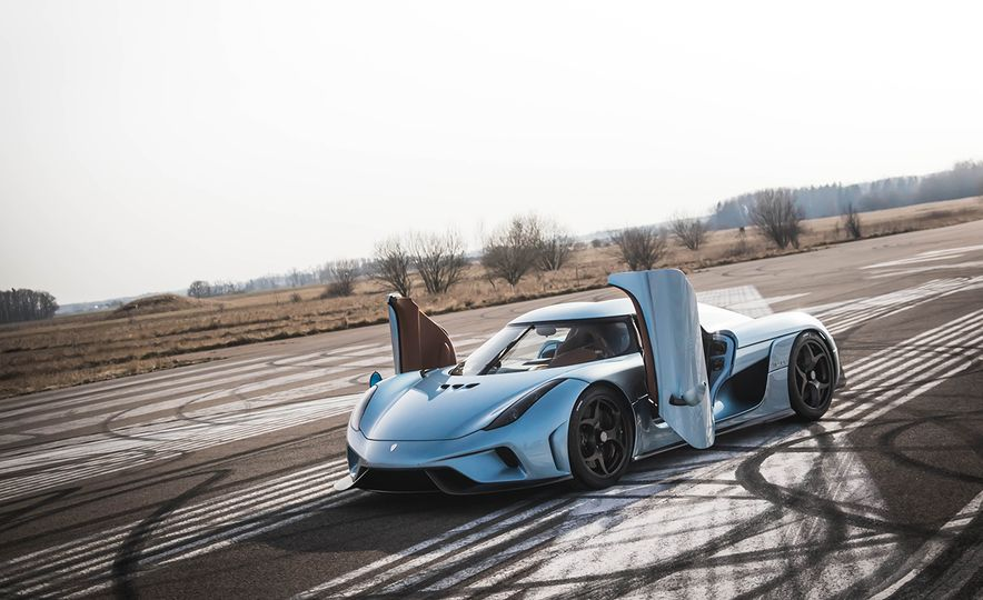 Every 200-MPH Production Car You Can Buy Today - Slide 32