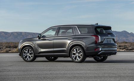 The 2020 Hyundai Palisade Is a Properly Big Three-Row SUV