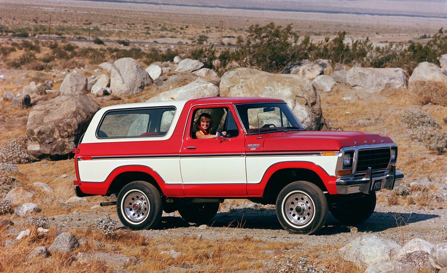 A Visual History of the Ford Bronco, from Trail Crawling to Slow-Speed Chases - Slide 5