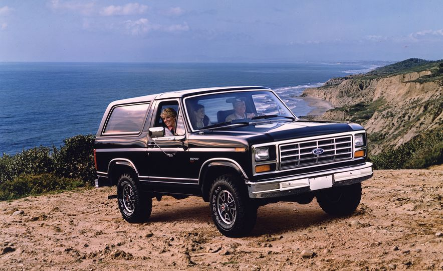A Visual History of the Ford Bronco, from Trail Crawling to Slow-Speed Chases - Slide 6