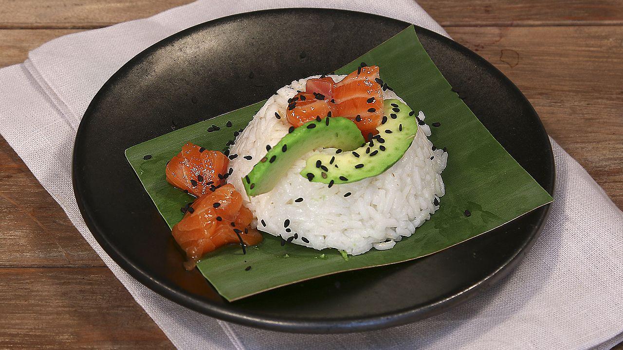 Arroz con salmón y aguacate #recetasfácilesELLE