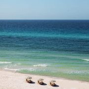 Body of water, Sea, Beach, Ocean, Shore, Sky, Coast, Wave, Blue, Water,