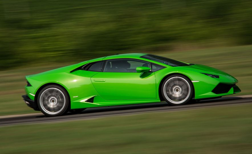 Every 200-MPH Production Car You Can Buy Today - Slide 7