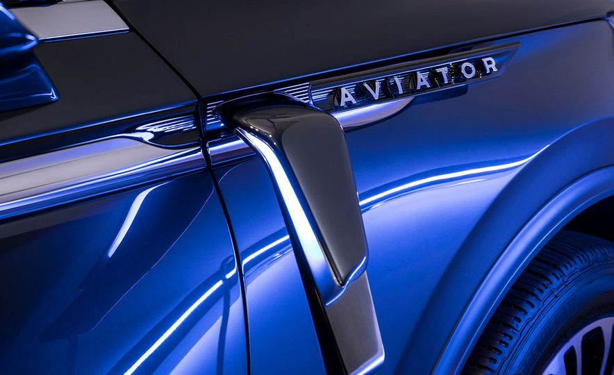 What Carries Over from the Lincoln Aviator SUV Concept to the Production Model? This Stuff - Slide 9