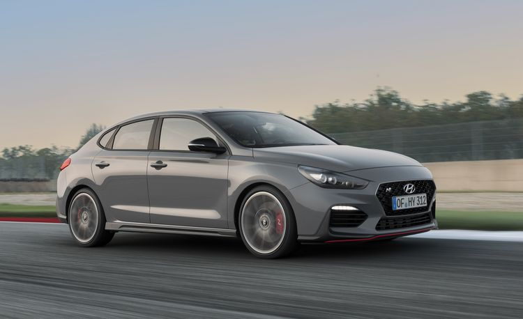 Hyundai Spins the i30 N Hot Hatchback into a Hot Fastback