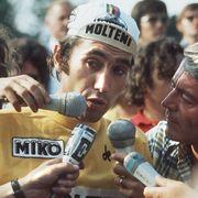 Belgian champion Eddy Merckx answers journalists u