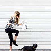 Black, Dog, Canidae, Dog breed, Leg, Beauty, Standing, Knee, Companion dog, Sporting Group,