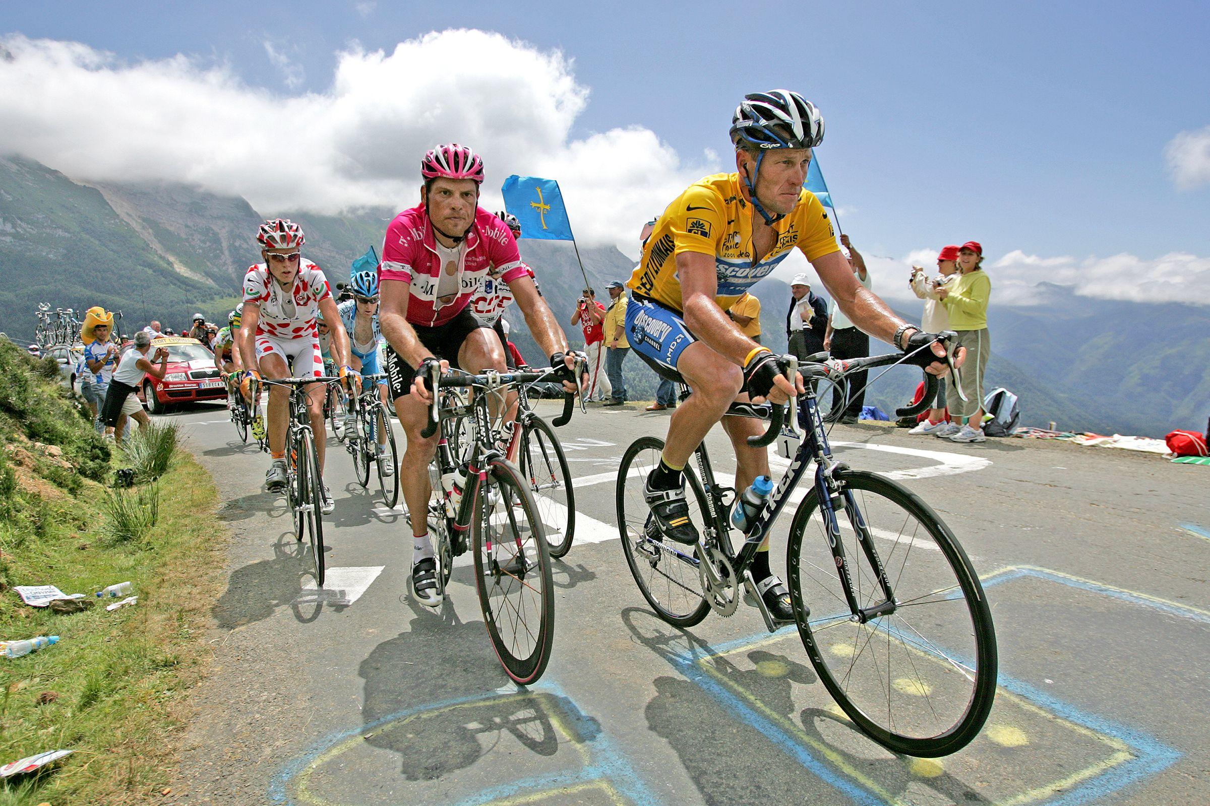 Caption_ Lance Armstrong and Jan Ullrich riding up mountain Credit_ Elizabeth Kreutz.JPG