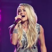 carrie underwood cry pretty acm awards 2018