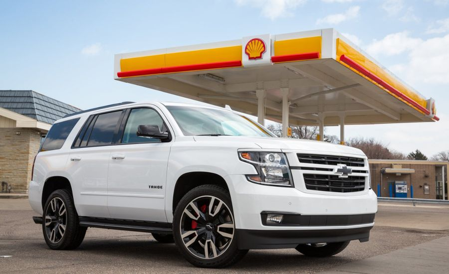 Chevrolet Pilot Program Lets Drivers Pay for Gas on In-Car Screens, Not at the Pump
