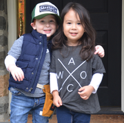 Outerwear, Jacket, Jeans, Child, T-shirt, Photography, Denim, Sleeve, Toddler, Sibling,