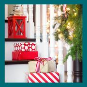best christmas staircase decorating ideas