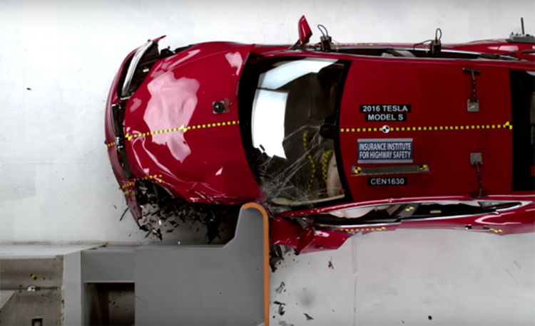 Crash Tests 101: What to Know about the Wrecks behind the Ratings