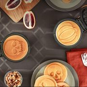 dash pumpkin and skull waffle maker