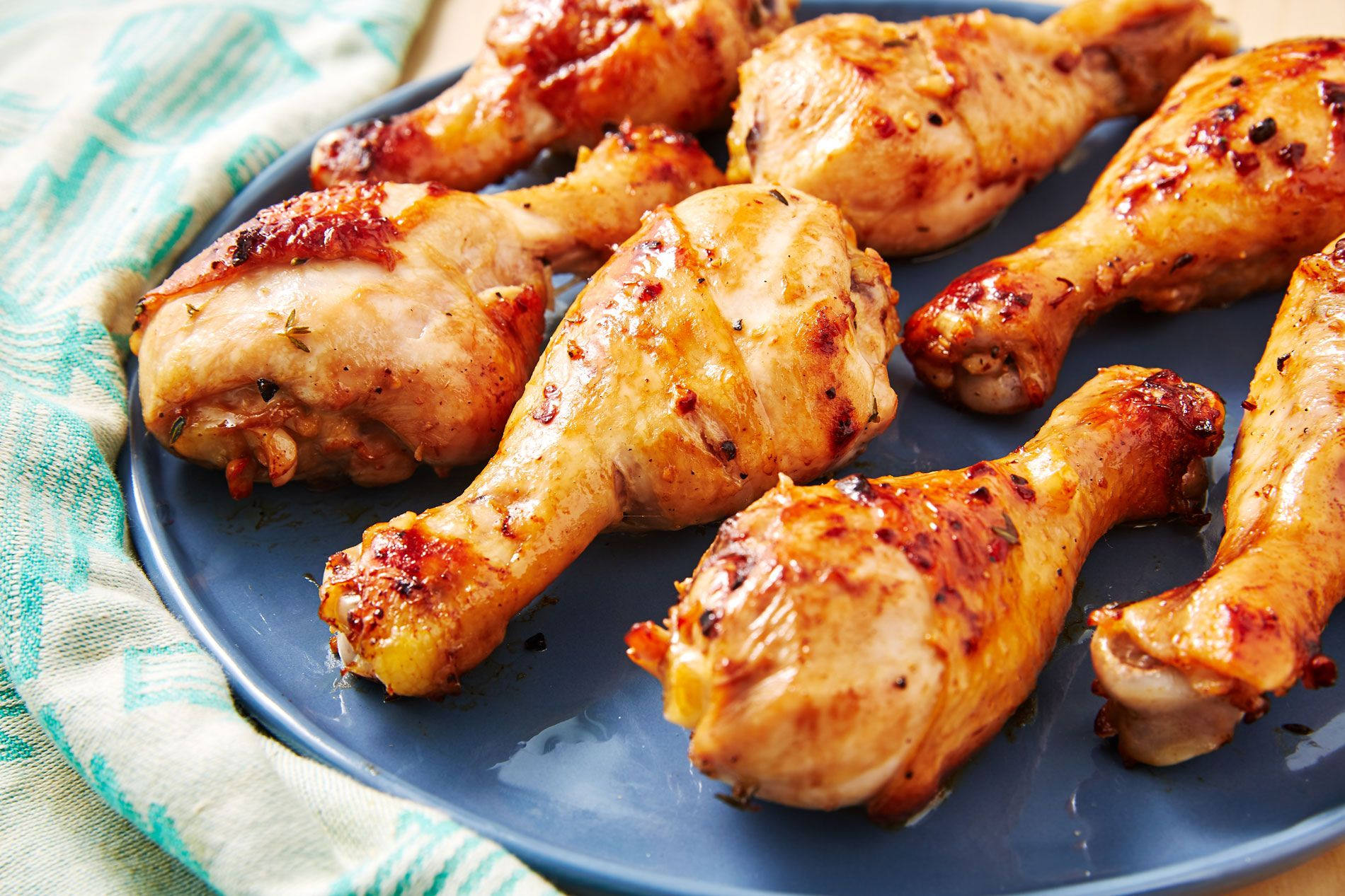 Easy Baked Chicken Drumsticks Recipe - How to Cook Drumsticks In The Oven