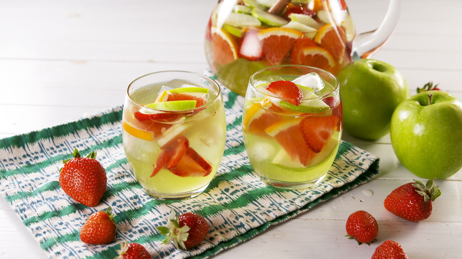 Sangria on flipboard walt disney company wine festivals - Olive garden green apple sangria ...